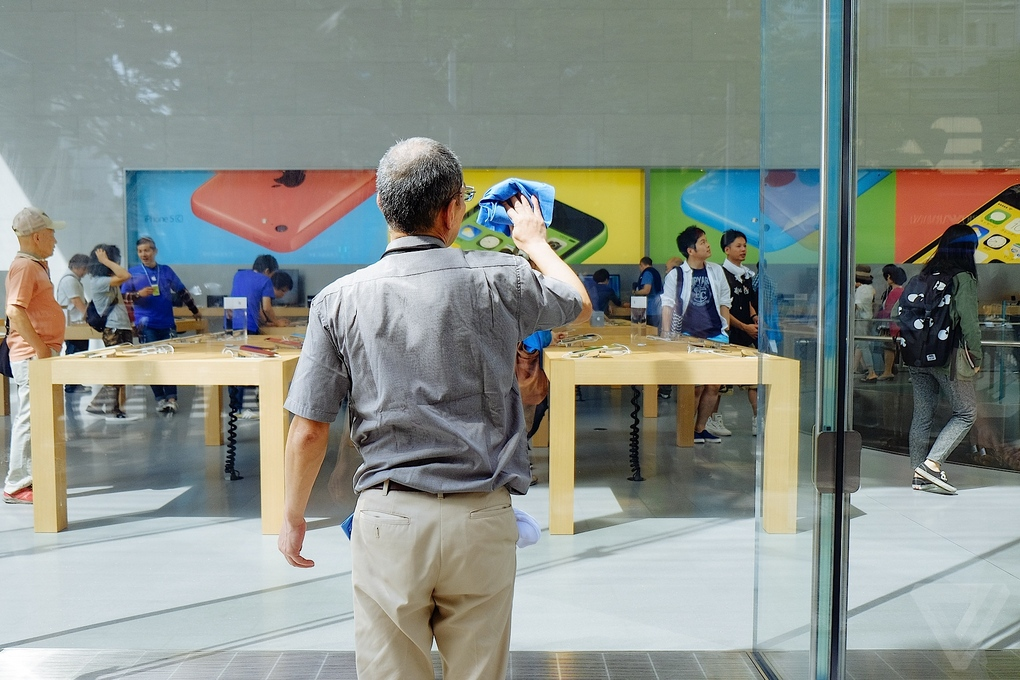 Apple-Store-Tokio4