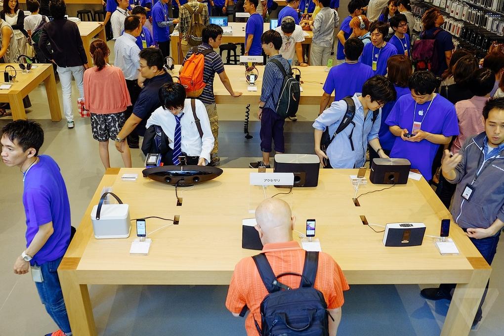 Apple-Store-Tokio9