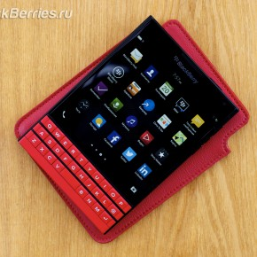 BlackBerry-Passport-Red-10