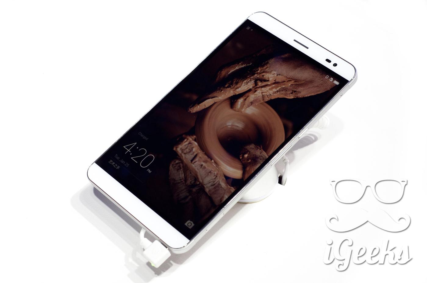 Huawei-MediaPad-X2-06