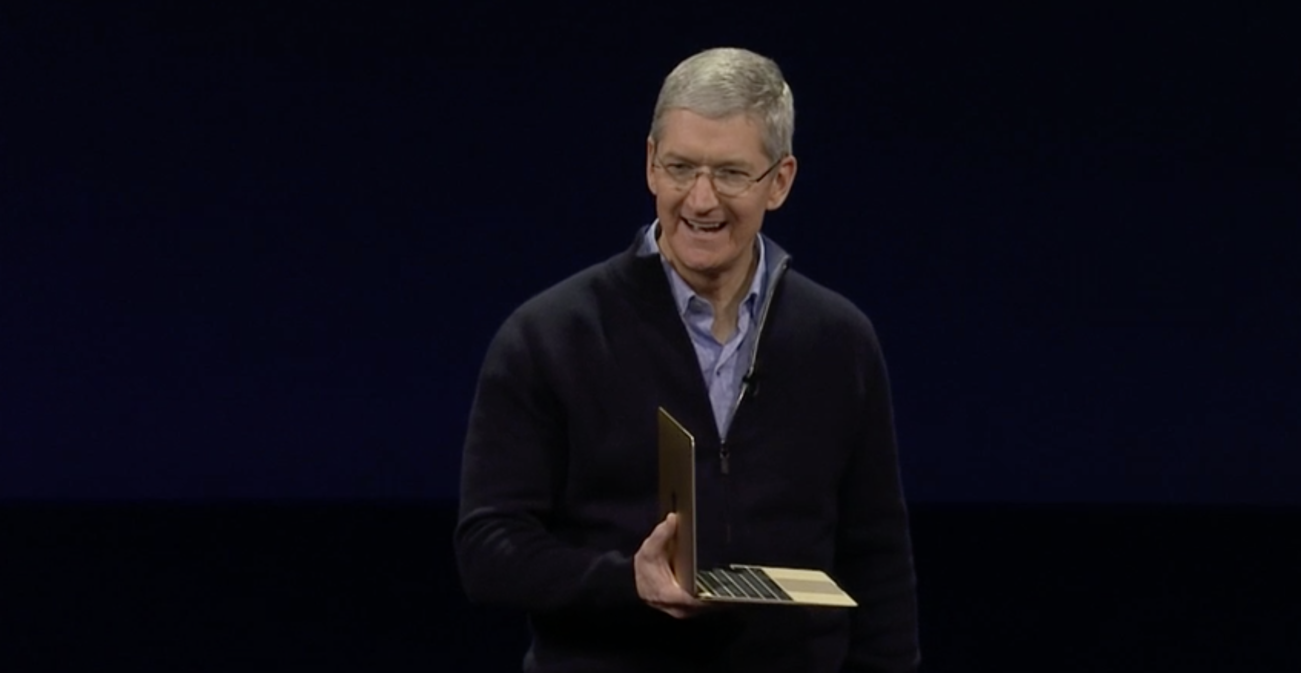 tim-cook-gold-macbook